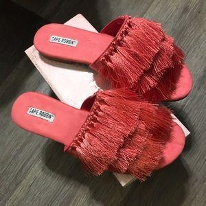 Cape Ribbon sandals